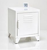 mesa de noche nórdica de color blanco