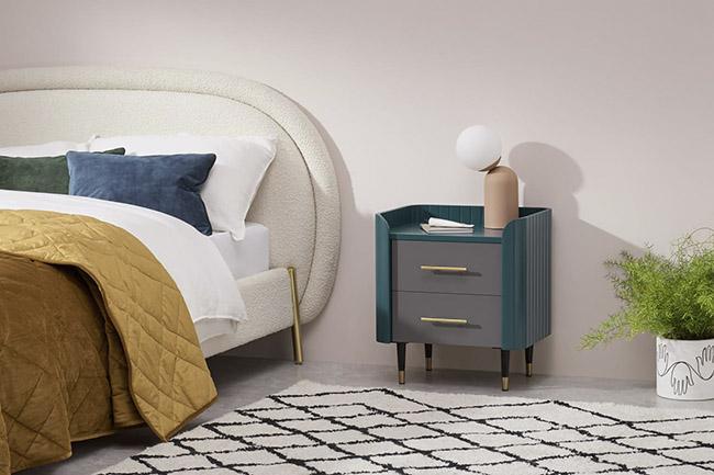mesilla de noche vintage para el dormitorio