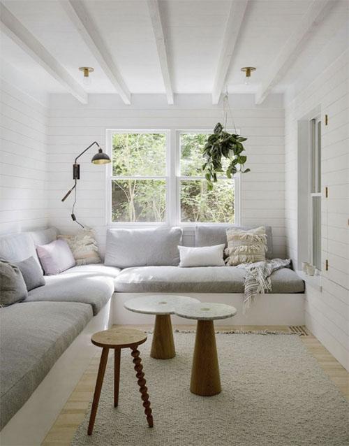 mesas de centro en un salón pequeño
