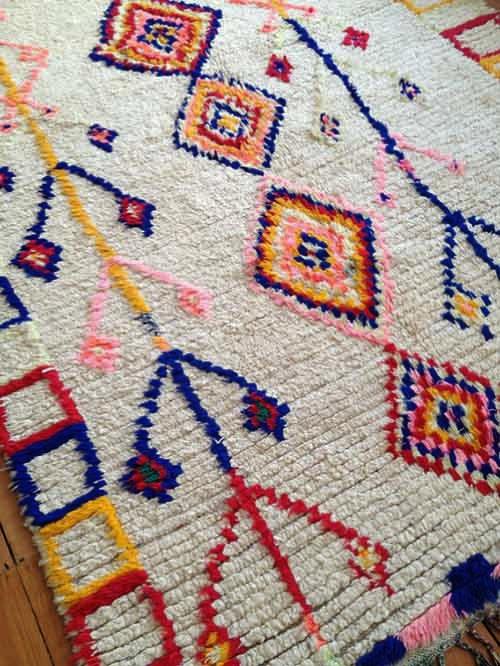 Estilo y colores en las alfombras étnicas bereberes de Marruecos