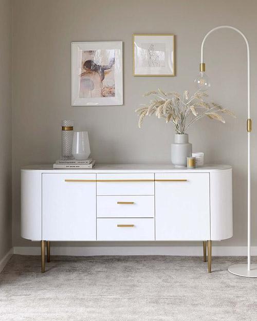 cómo decorar con muebles de color blanco