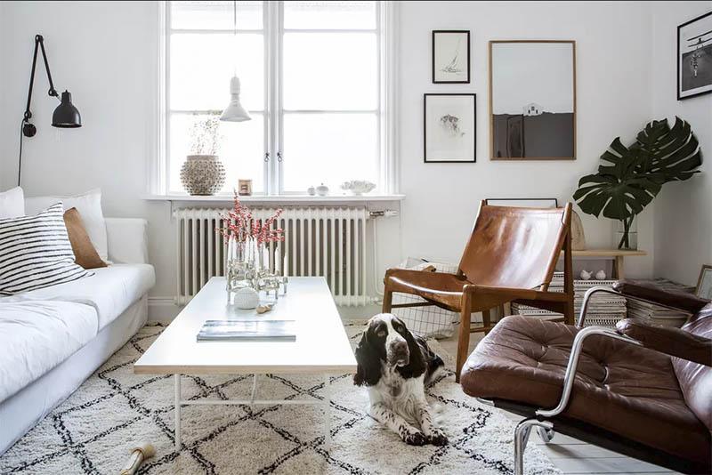 muebles bajos para aumentar el espacio de un salón pequeño