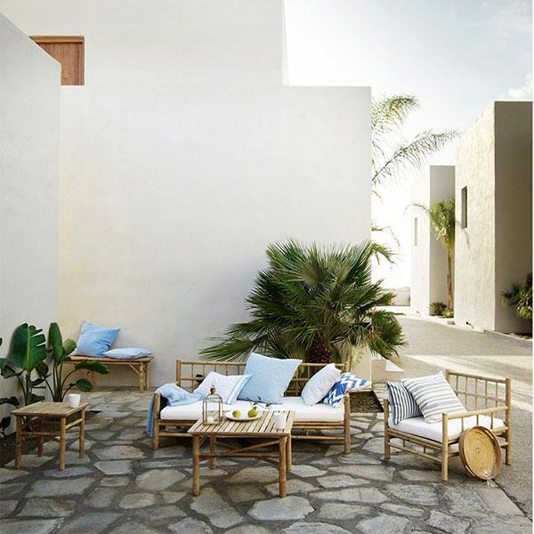 Muebles de bambú para el jardín