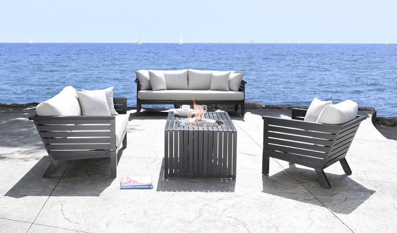 set de muebles de aluminio para la terraza
