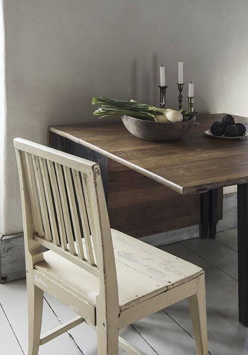 Muebles de madera de estilo rustico