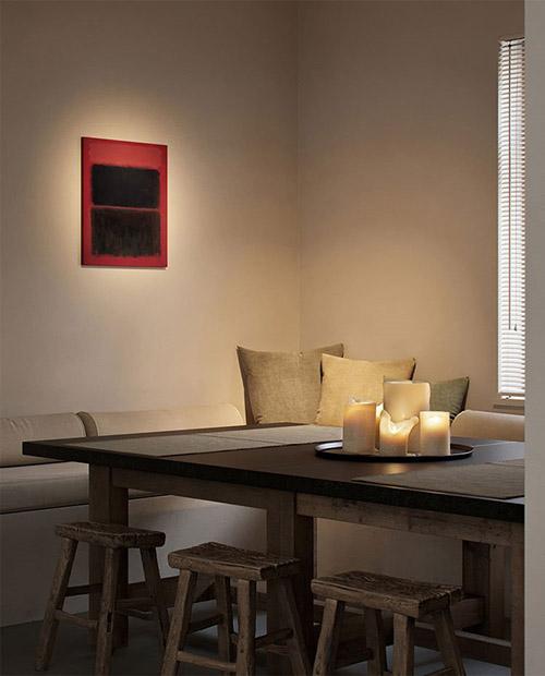 mesa de comedor y taburetes de madera