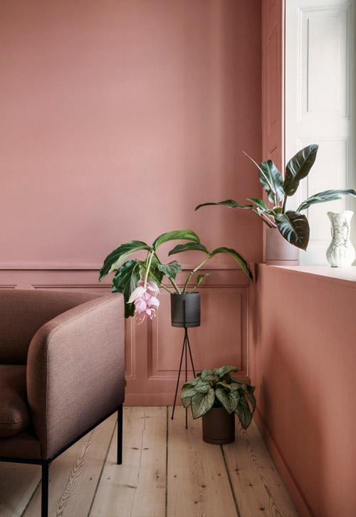 Pintar las paredes de casa con tonos de color salmón