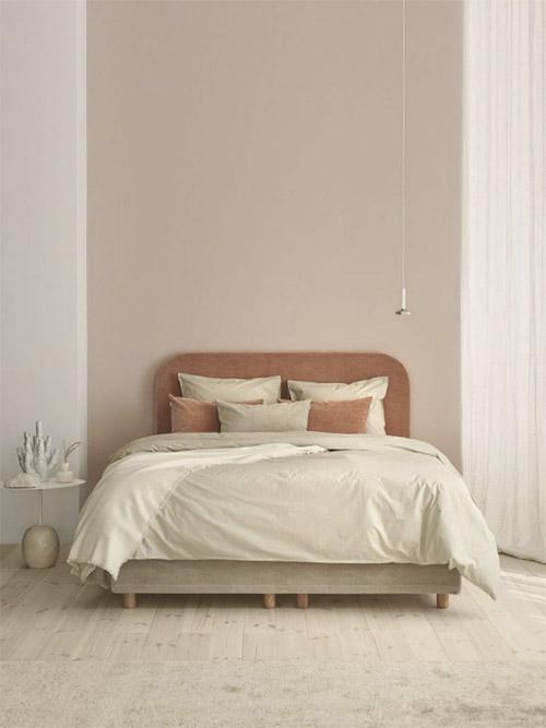 Color salmón en la decoración de dormitorios