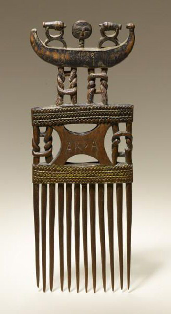 Antiguo peine africano