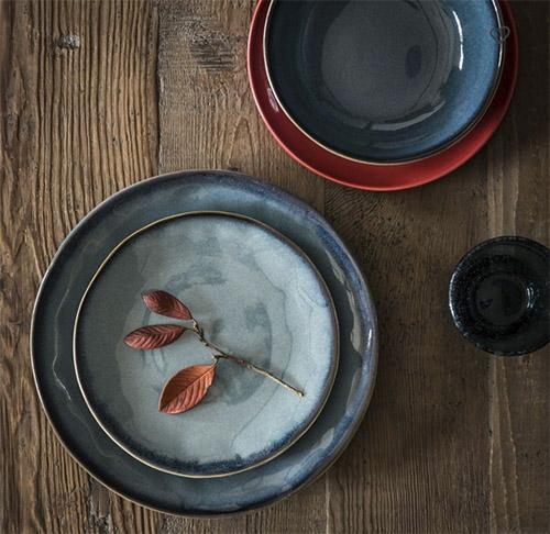platos de ceramica para decorar la mesa