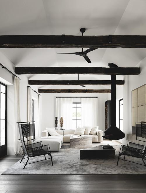 Salón en una vivienda de estilo minimalista