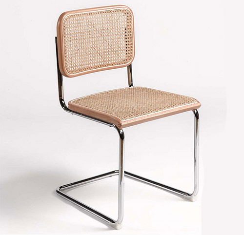 silla de ratan natural y patas de metal