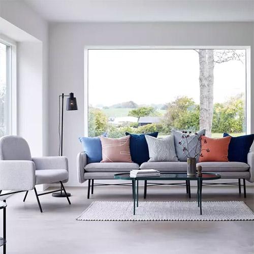sofás y sillón nórdico de color gris
