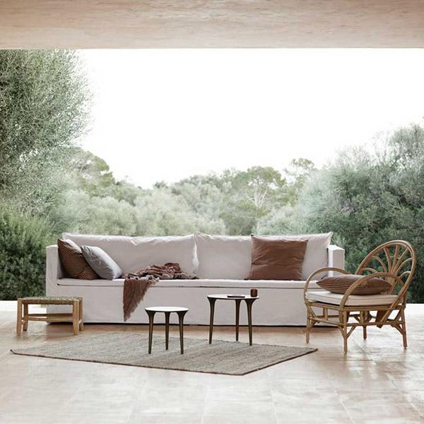 mobiliario de ratán para el exterior de casa