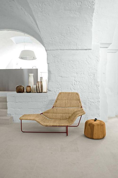 Sillas y sofas de mimbre en los interiores de diseño minimalista