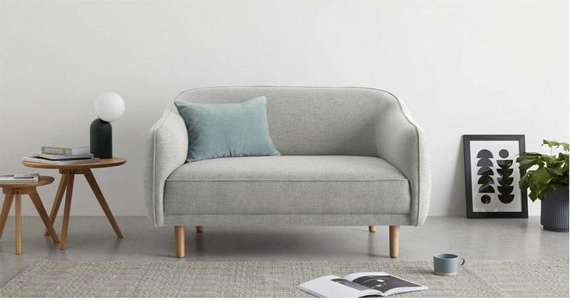 sofá nórdico de dos plazas