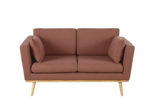 sofá pequeño diseño escandinavo