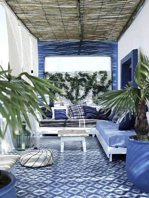 Decorar la terraza con tonos fríos