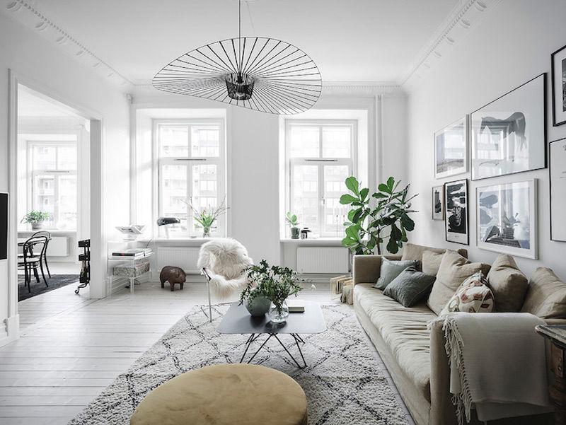 Los tejidos y las pieles para agregar calidez en el hogar escandinavo