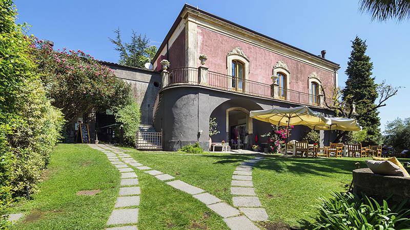 Hoteles en Sicilia en el campo