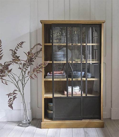 mueble auxiliar para la decoración del salón