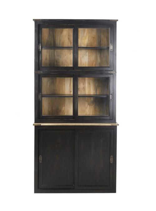 vitrina de madera negra