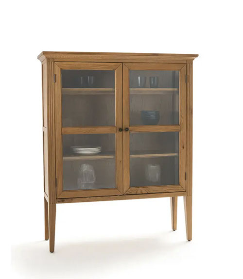 mueble vitrina de madera y cristal